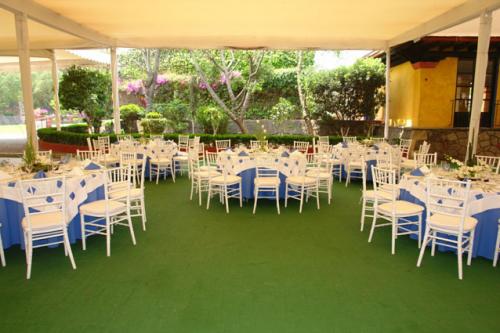 banquete de bodas al aire libre