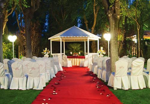 celebracion de boda de dia o de noche